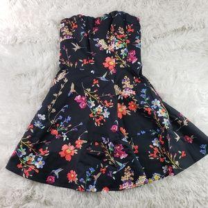Express womens mini floral fit & flare dress sz 2